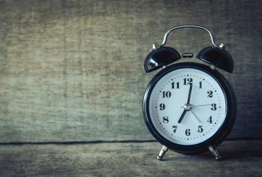 accurate-alarm-alarm-clock-359989-f356b6a4a14e9c0ce0a886f331f91139.jpg